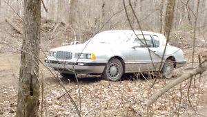 Mercury Cougar 1983   800$