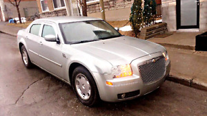 Vente Chrysler ,300 , ,,,,3.5( négociable)