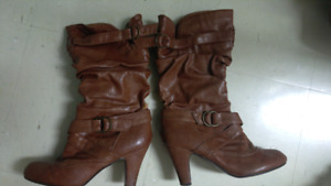 Womans Boots quick sale!!Reduced!!!!!