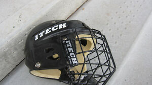 Hockey Helmet Size Small- kids Peterborough Peterborough Area image 2