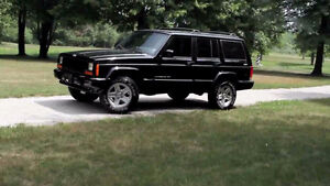 2000 Jeep Cherokee SUV Limited, Crossover