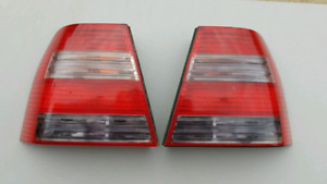 Candy cane taillights for 99-2004 Jetta