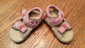 Girls sandals size 2 Peterborough Peterborough Area image 1