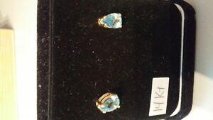 Stunning aquamarine teardrop 10KT earrings Kitchener / Waterloo Kitchener Area image 1
