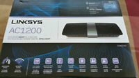 Linksys AC1200 WIFI Router brand new