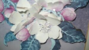VINTAGE BEAUTIFUL 3D HAND CAST PAPER ART FLORAL SHADOW BOX Kitchener / Waterloo Kitchener Area image 4