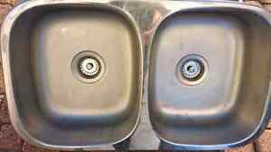 DOUBLE SURFACE MOUNT STAINLESS STEEL SINK