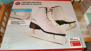 Skates - ladies size 6 brand new, never worn