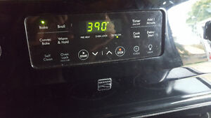 Black ceramic top stove 200.00, self cleaning, convection oven,