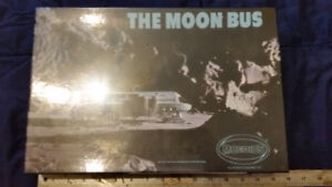 2001 space odyssey The Moon Bus Moebius Model Kit
