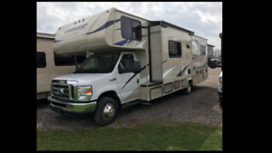 New 2018 Motor home for RENT!