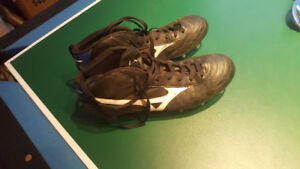 Mizuno Rugby Shoes size 12