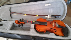 European carved violin outfit 1/10 size for 3-5 yr old