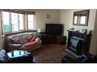 2 BEDROOM FLAT £500 PCM