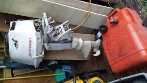 Johnson Outboard motor works well 5.5hp low hrs not used much in