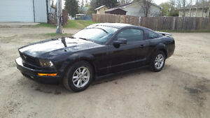 2005 Ford Mustang Base Coupe