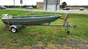 14 foot Fiberglass Boat 9.9hp Johnson Motor and Trailer Package
