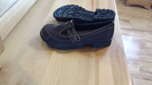 Young Ladies Dress Shoes