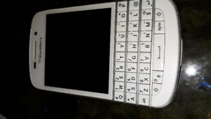BlackBerry Q10 Excellent Condition, real KB