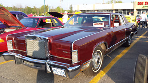 Beautiful Lincoln Continental Coupe