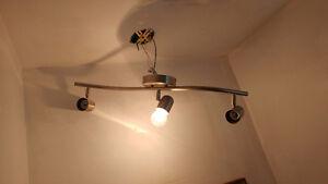 Directionnels pour mur ou plafond et luminaire extérieur Saguenay Saguenay-Lac-Saint-Jean image 2