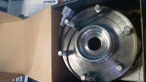 wheel bearing new 07-05 NIS Armada, 07-04 Titan, Infiniti