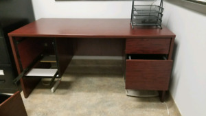 Solid Desk with Drawers and Chairs