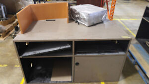 set of 4 office desks in great shape and NEED GONE VERY URGENT!