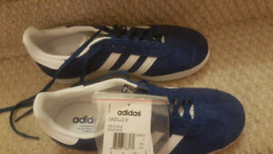 Adidas running shoes Gazelles original womens size 6