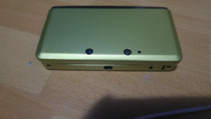 3DS w/ Case, SD card