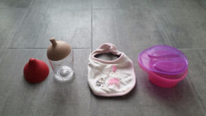 Approx. 40 baby bottles, teething bibs and bowls with covers