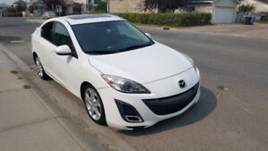 2010 Mazda3 Sport Sedan with Navi, Leather seats, Very clean!!!