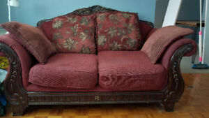 Red Rococo Loveseat for Sale - Causeuse Rouge Rococo a Vendre