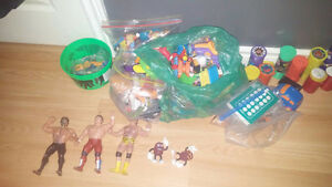 *COLLECTIBLES* OLD MC DONALDS TOYS/POGS/BASEBALL SERIES