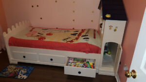 Solid wood Kids bed for sale