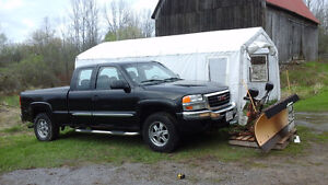 2005 GMC Sierra 1500 With snow plow Pickup Truck