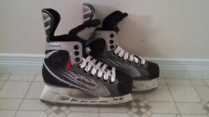 Bauer Vapor Speed Junior Size 4 Hockey Skates Kitchener / Waterloo Kitchener Area image 1
