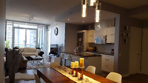 2 BED+Den, 2 BATH AT PARKLAWN & LAKESHORE AVAIL. July 15 or AUG