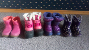 4 pairs of girl's winter boots