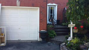 SEMI DETACHED HOME FOR RENT IN OSHAWA