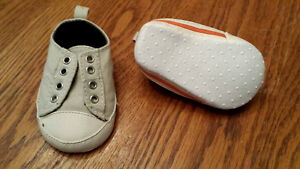 Baby boy shoes ( Tan and orange)