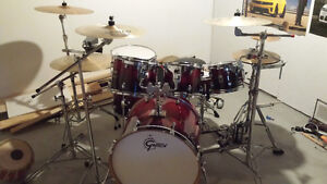 Complete Gretsch drumset (reduced)