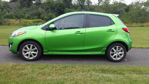 2011 MAZDA 2 GS SPORTY CAR