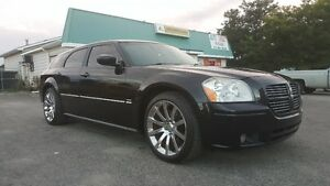 DODGE MAGNUM RT *** FULLY LOADED HEMI *** EASY FINANCING