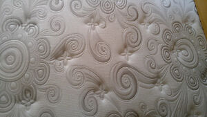 1 year old king size mattress for sale