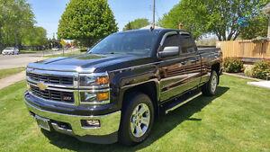 2014 Chevrolet Silverado  Pickup Truck 4+4