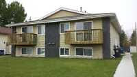 Fantastic Renovated 2 Bedroom in Blackfalds available Now!!