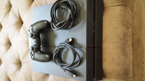 500 GB PS4 Excellent Condition