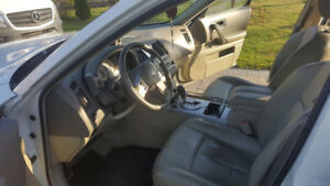 VERY CLEAN 2005 Infiniti FX 35 SUV, Crossover .....
