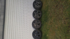 Winter tires and mag honda new 205/55/16